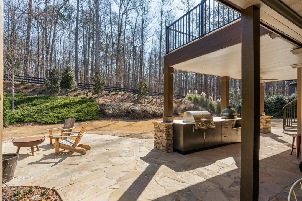 Kennesaw Custom Outdoor Kitchen and Hardscapes